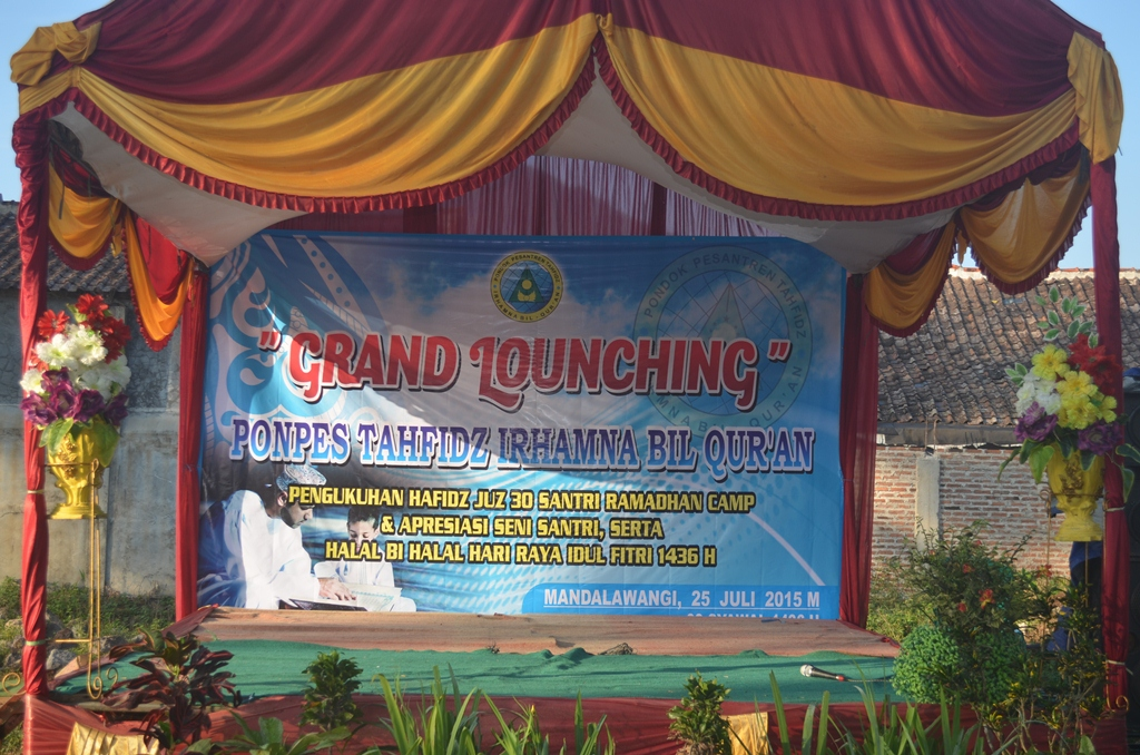 grand lounching&pengukuhan hafidz anak usia SD